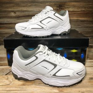 NEW LA Gear Circuit White Sneakers Men 8